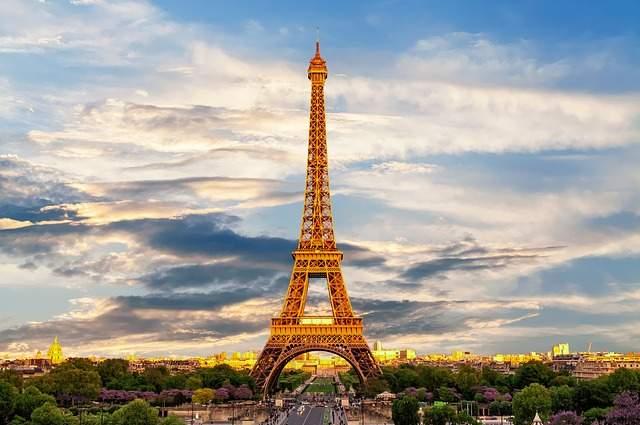 Torre Eiffel Parigi